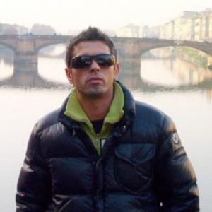 luca_rosi_difende_compagna_rapinatori_in_villa_lo_uccidono[1]