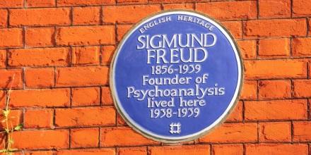 sigmund-freud-h_5.01705515.900x600