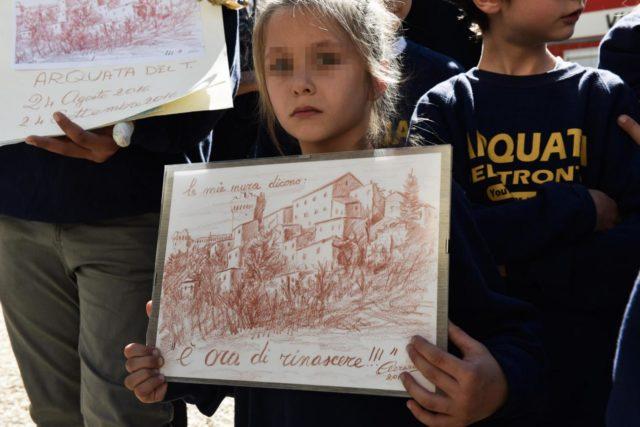 Amatrice, visita di Laura Boldrini dopo un mese dal terremoto