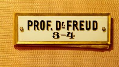 sigmund-freud-h_6.01574261.900x600