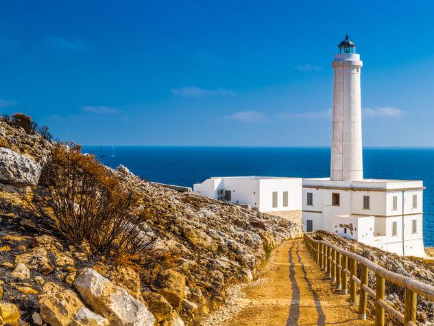 Faro-di-Capo-d-Otranto-o-Punta-Palasc-1-4a_o_su_horizontal_fixed