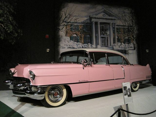 Elvis-Presley-Automobile-Museum-Memphis
