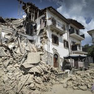 il mio amante mi ha lasciata tornera guardia italy earthquake 1980