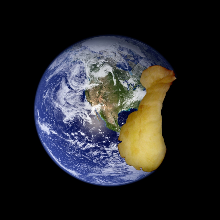 the-world-becomes-apple.jpg