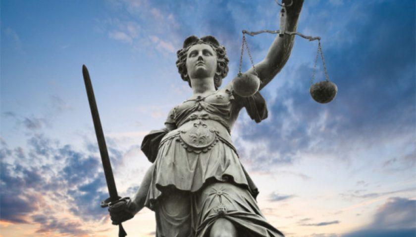 giustizia-statua-2100x1200.jpg